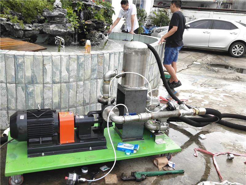 深圳纳米微气泡机试机中